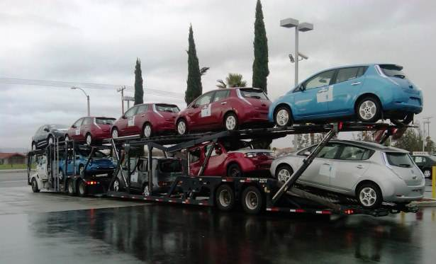 nissan_leaf_delivery