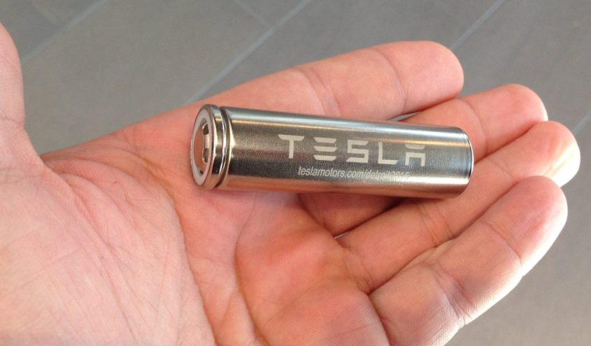 tesla_battery_cell