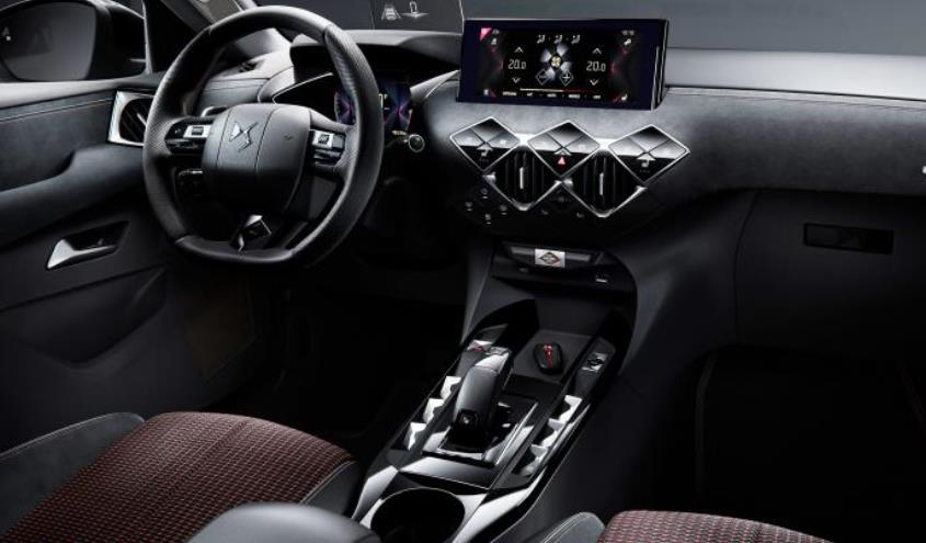 ds-3-crossback-electric-interior