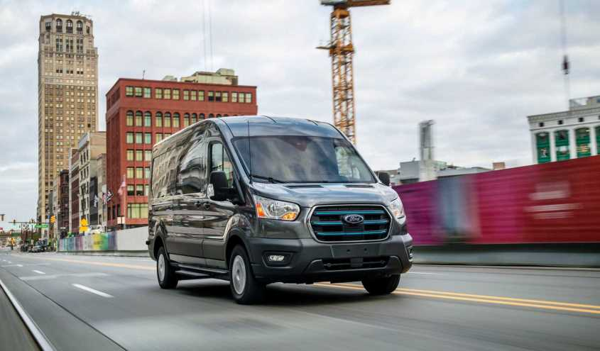 ford-transit-electric-2022