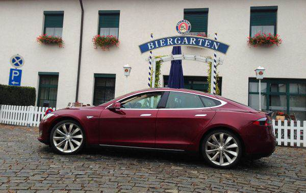 tesla model s munchen