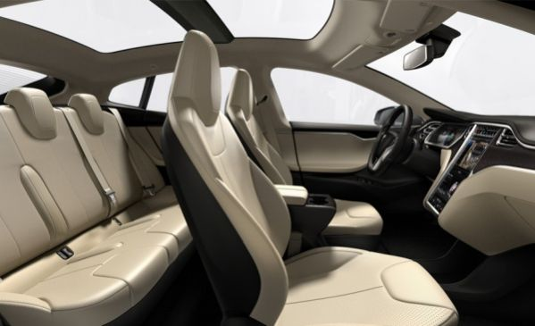 6-tesla-model-interior-stranichna